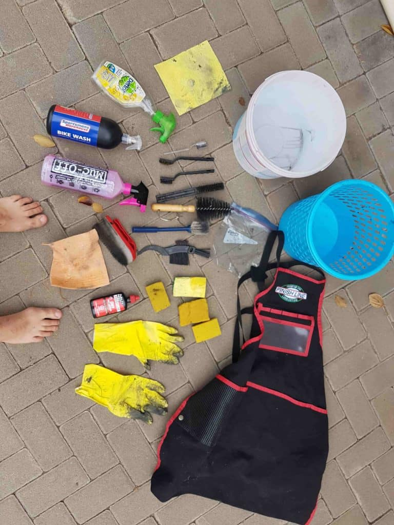 Welcome to my hodgepodge bike cleaning kit.  Build your own.  It's easy.